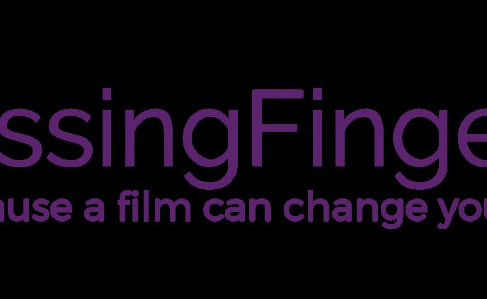 logo_kissingfingertips